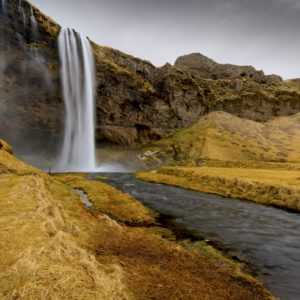 Seljalandsfoss in Spring